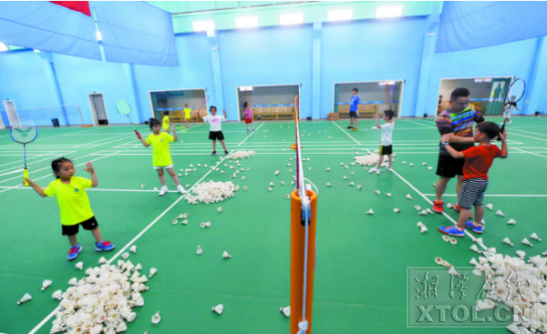 湘潭市羽峰羽毛球俱乐部签约锐宜微信会员卡管理系统软件